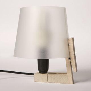 Poor_bedside_paperclip_lamp