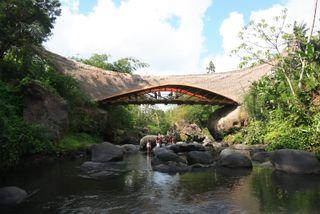 Green_school_The Kul-Kul Bridge 4