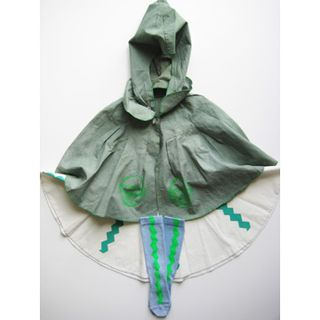 Little_green_riding_hood_woven_play