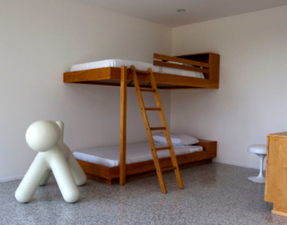 Richard_Neutra_bunk