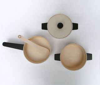Chigo_playthings_kitchen_pots