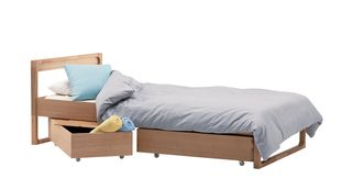 Actus_foppish_bed