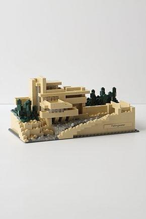 LEGO_falling_water_1
