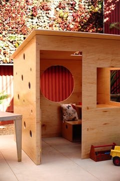 Modern_playhouse_outdoor_4