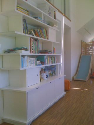 LA_playspace_bookshelf