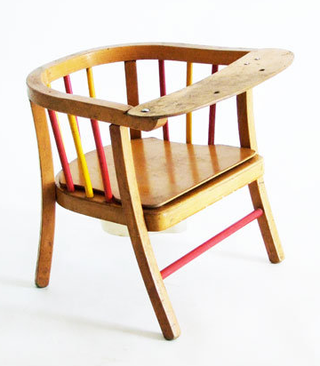 Vintage_child_chair_1