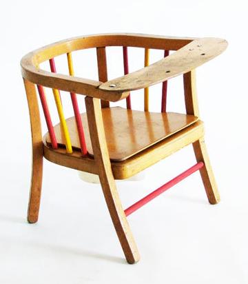 Vintage_child_chair_1