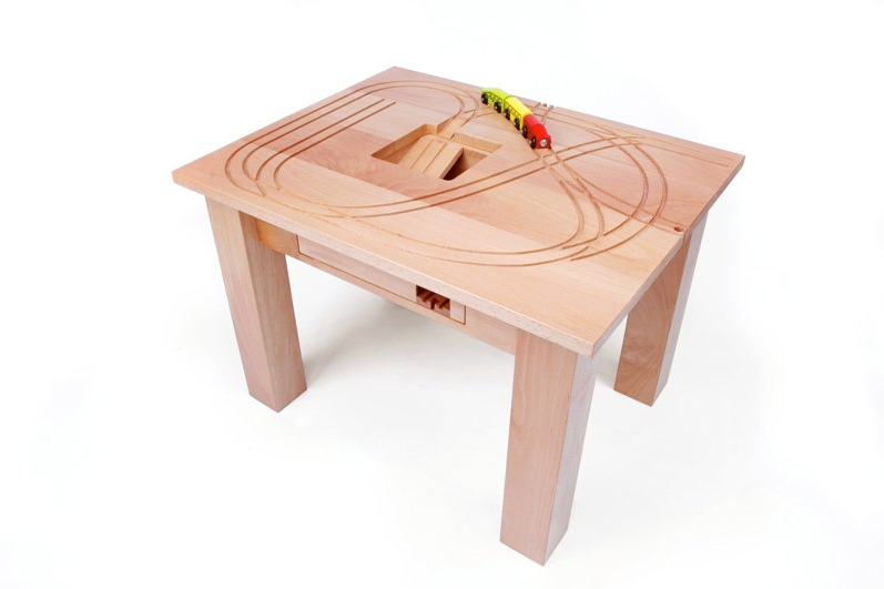 Tomm_train_table_