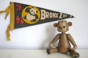 Bronx_zoo_pennant_1