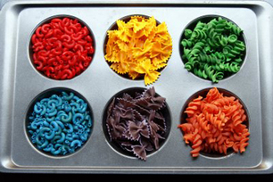 Colored_pasta_art